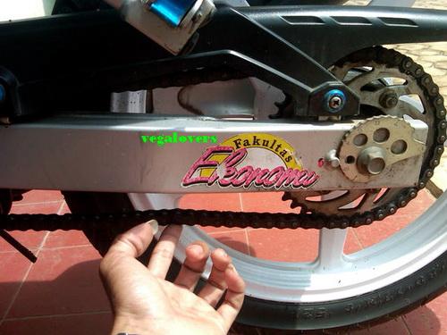 Cara Merawat Rantai Sepeda Motor