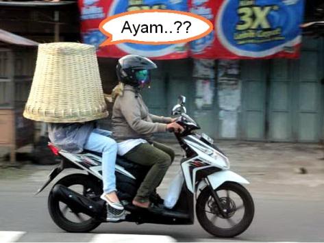 Helm Keranjang