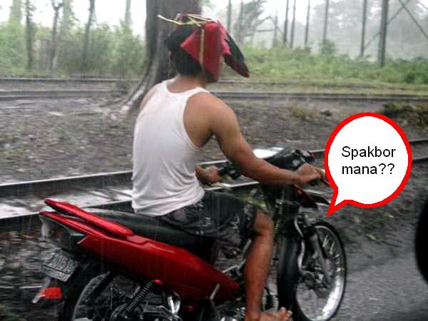 Helm Spakbor