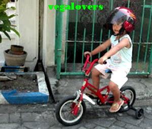 helm untuk anak