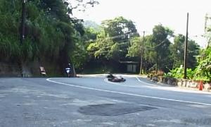 Kecelakaan Motor Matic, Selamat - tapi…