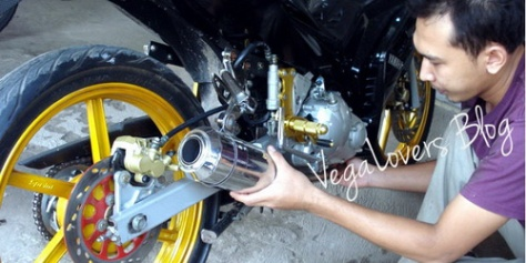 Motor Modifikasi Aliran Vandalisme
