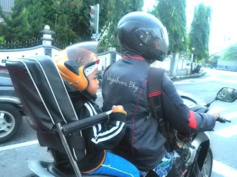 Sedari kecil sudah berusaha safety riding