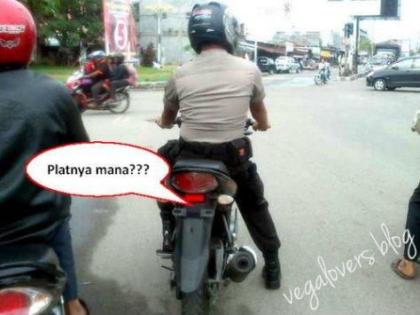 polisi alay