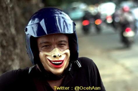 Ini agan yang jualan masker :D