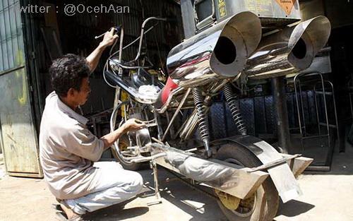 Modif Harley Davidson versi Stainless Steel 3