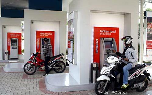 ATM Drive THRU
