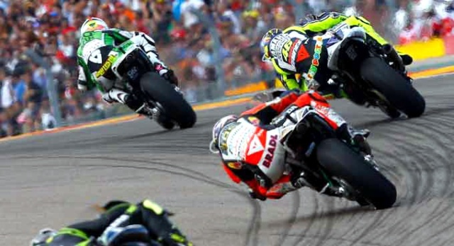 Rear Wheel Steering di MotoGP, di tikungan medium dan high speed