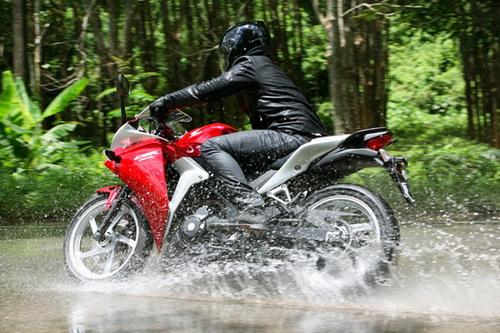 perawatan motor saat musim hujan _ Tegean Blog