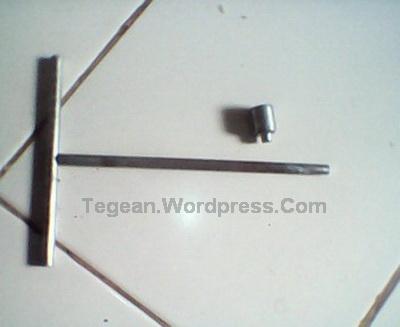 Kunci T (patah)
