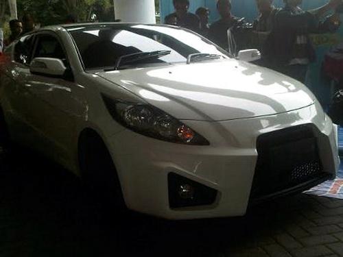 Mobil listrik Ezzy 2