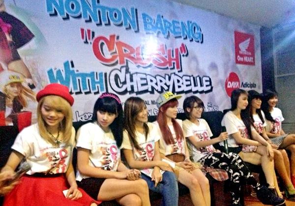 Nonton Bareng Crush With CherryBelle