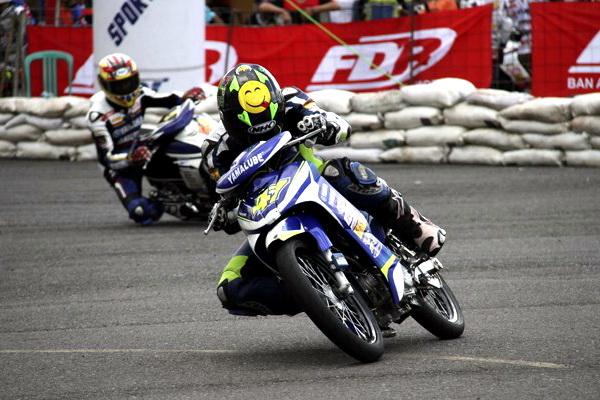 seri perdana Yamaha Cup Race 2014 - TegeanBlog