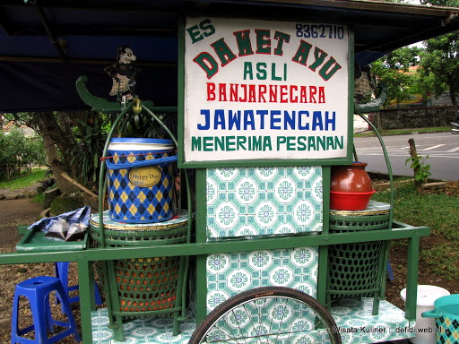Dawet Ayu Banjarnegara di Jalan Dadali Bogor. :: defidi.web.id