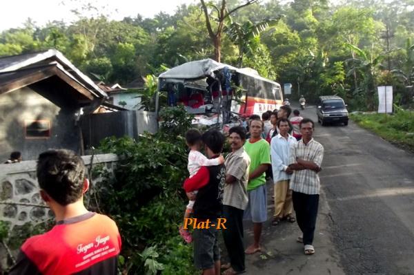 bus angkutan lebaran