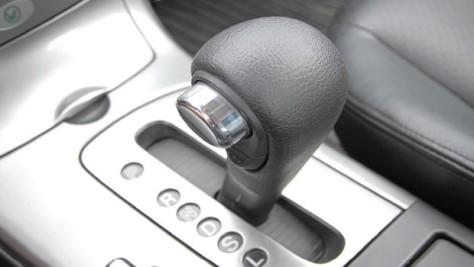 Cara Mudah dan Praktis Mengemudikan Mobil Matik