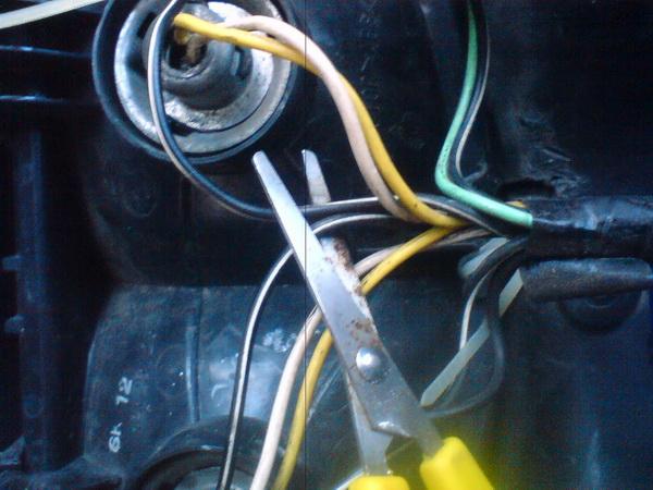 kabel lampu utama motor