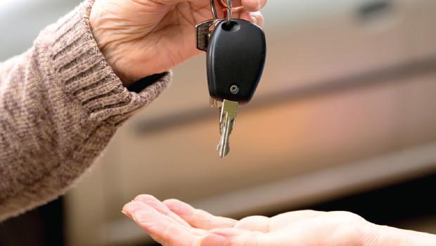 Tips Sebelum Membeli Mobil Bekas