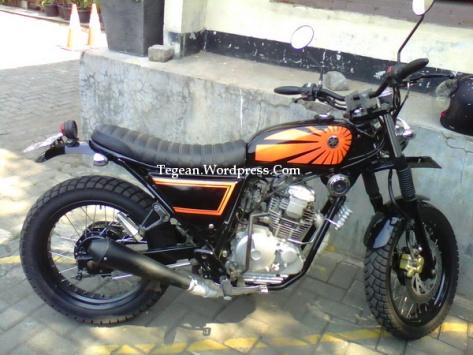 Modifikasi Honda Scorpio Ala Streetfighter