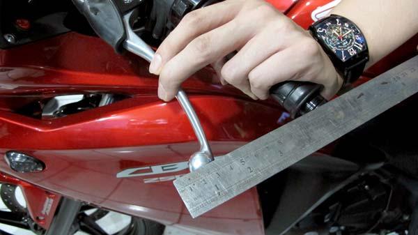 Tips supaya kopling motor tidak terasa berat
