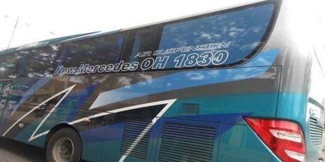 Bus Mercedes-Benz dengan tipe OH-1830
